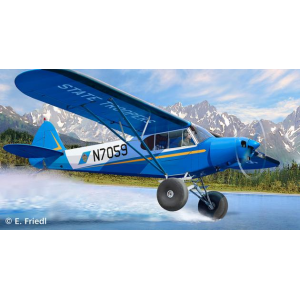 PIPER PA-18 with Bushwheels - Revell - SIL-04890